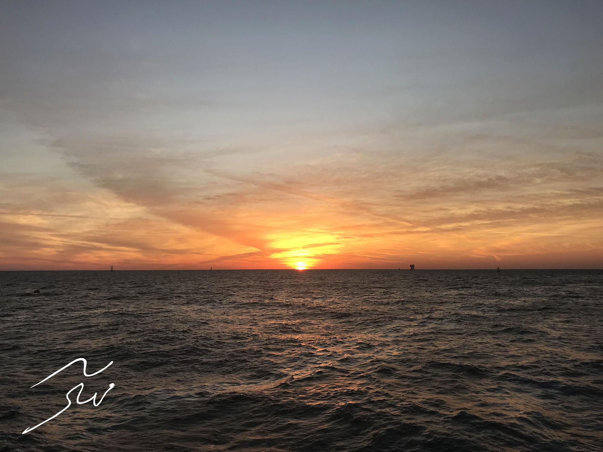 [تصویر:  Sunrise.jpg]